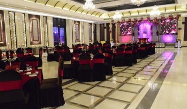 The Grand Dreams Banquet Hall in Delhi Photos