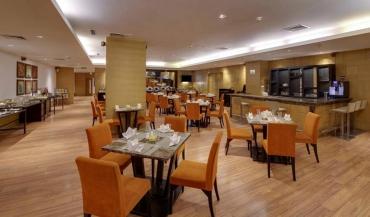 Svelte Hotel in Delhi Photos