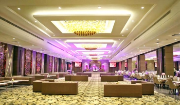 The Emerald Banquet Hall Photos in Delhi