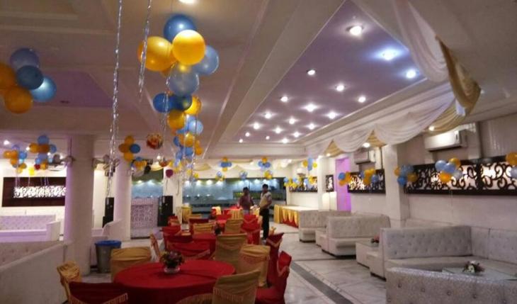 The Moments Banquet Hall in Delhi Photos