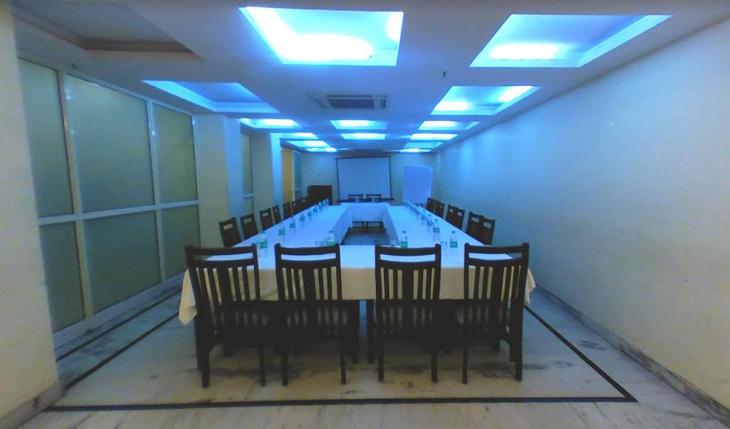 Hotel Kyron Conference Room in Delhi Photos
