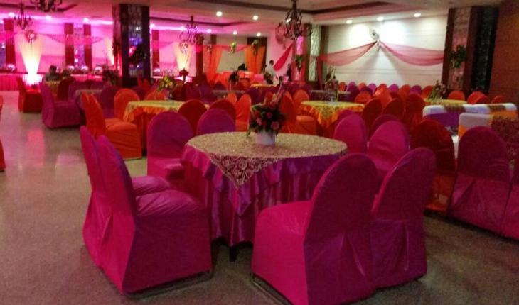SL House Banquet Hall in Delhi Photos