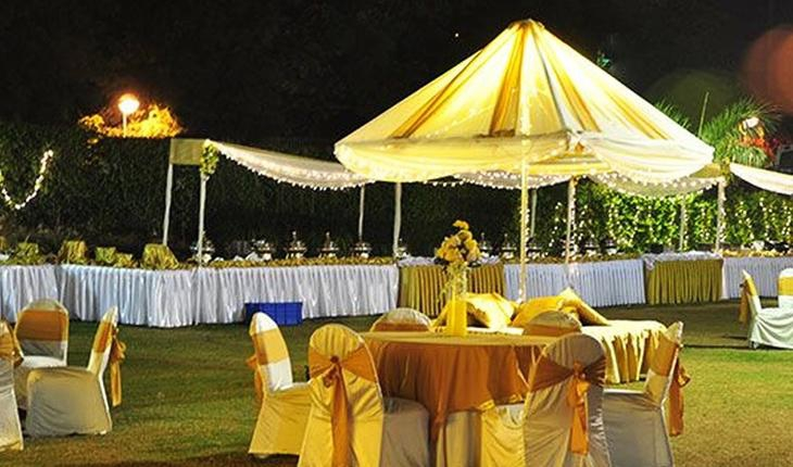 Ryans Garden Party Lawn in Delhi Photos