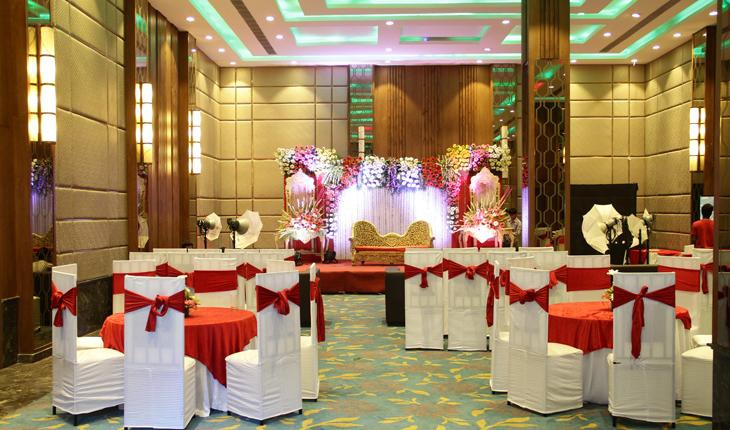 Crystal Banquet in Delhi Photos