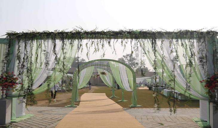 Lata Greeens Banquet Hall in Delhi Photos