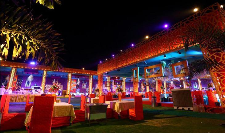 The Vrindavan Greens Banquet Hall in Delhi Photos