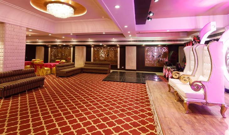 Sam Surya Hotel in Delhi Photos