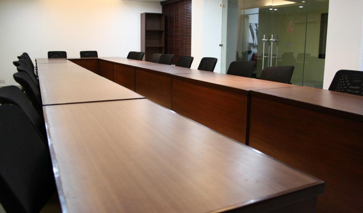 Hotel Pooja Palace Conference Room in Delhi Photos