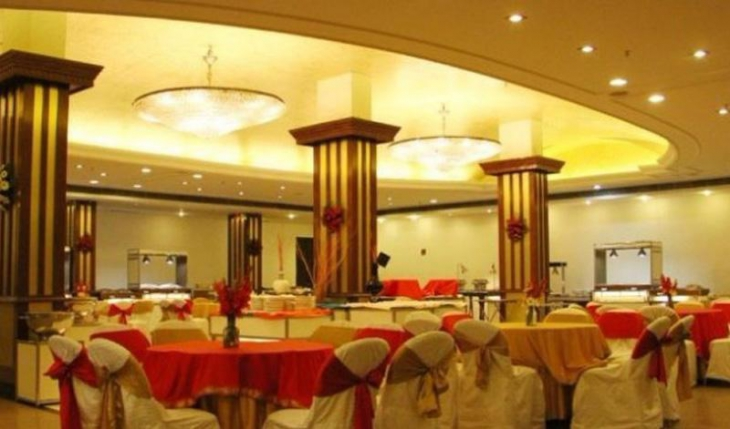 Grand Utsav Banquet Hall in Delhi Photos