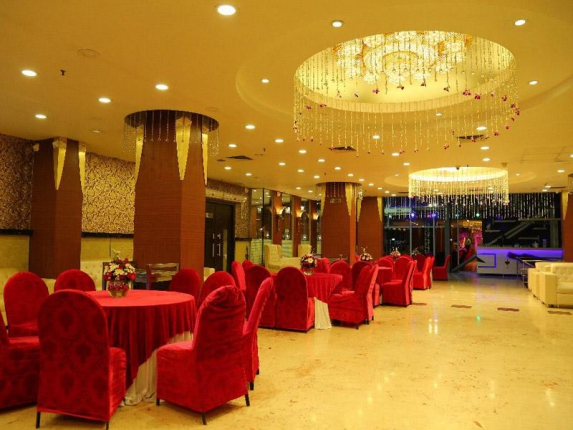Signature Grand Hotel in Delhi Photos