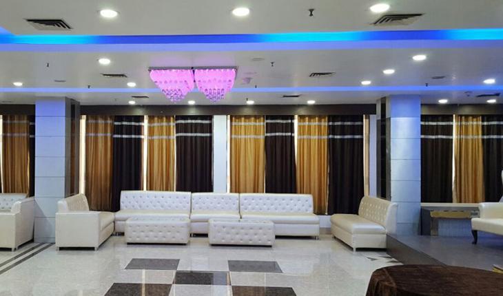 Signature Grand Hotel in Delhi Photos