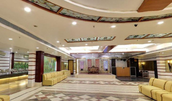 Shanti Royal Banquet Hall in Delhi Photos