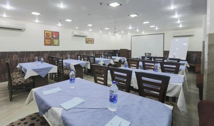 Rupam Kingston Park Conference Room in Delhi Photos