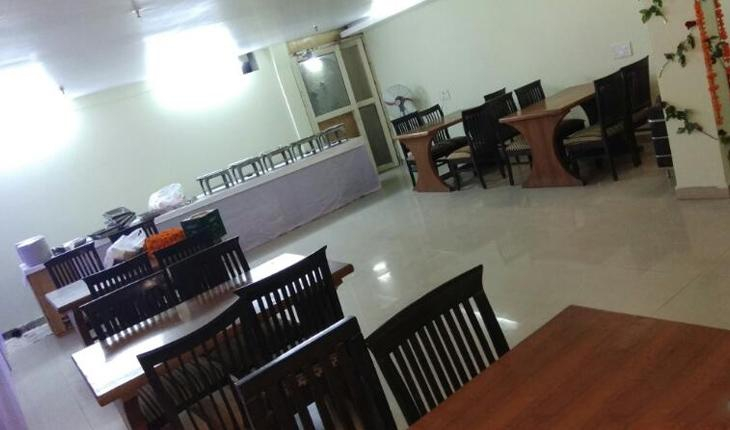 Hotel Noratan Banquet Hall in Delhi Photos