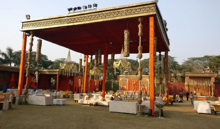 Chhatarpur Central by Ferns N Petals Party Lawn in Delhi Photos