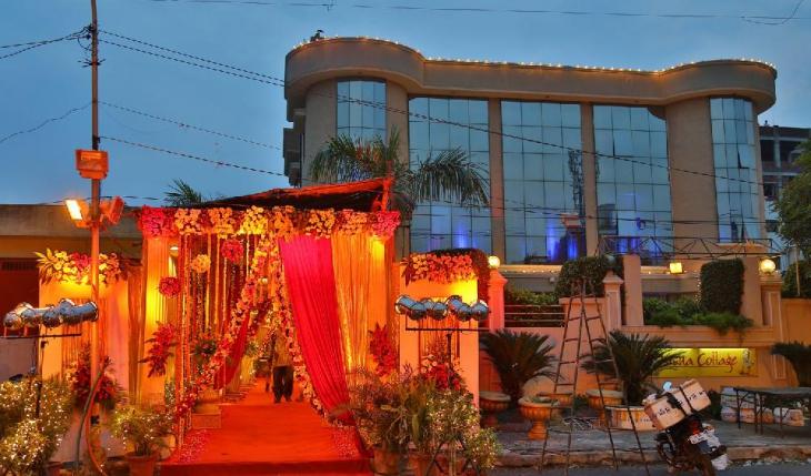 Krsna Cottage Banquet Hall in Delhi Photos