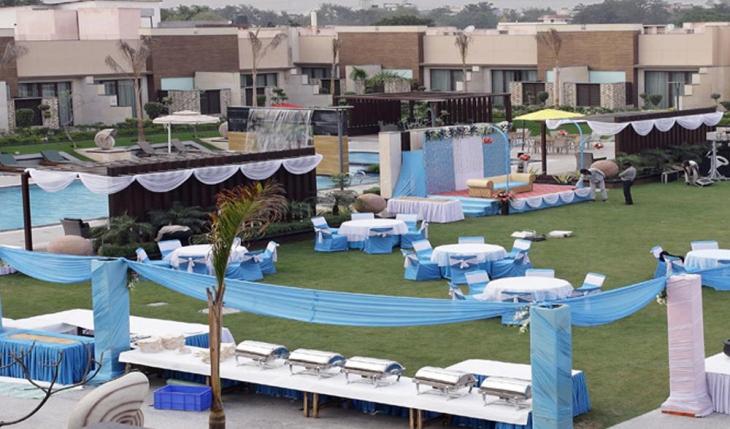 Oodles Hotel in Delhi Photos