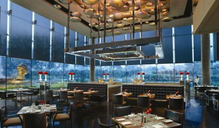 The Qube Restaurant in Delhi Photos
