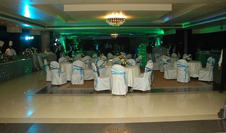 Hotel Vista Banquet Hall in Delhi Photos