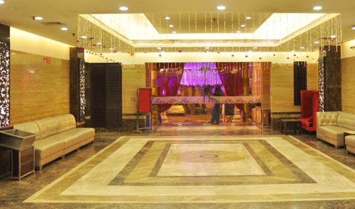 Invitation banquet in gt karnal road delhi photos details invitation banquet in delhi photos stopboris Image collections